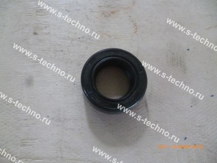 Сальник (Oil seal)18*30*10 - 7200000978